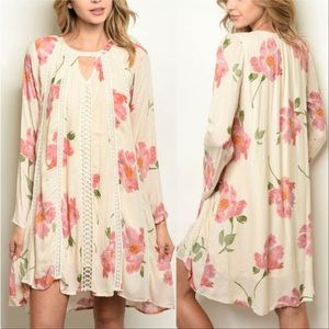 Tops - Floral tunic